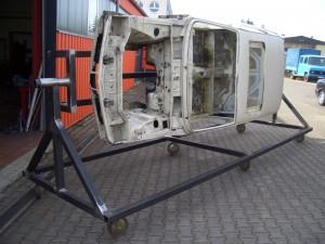 Restauration BMW 1602 Karosseriebetrieb Frank Jocco