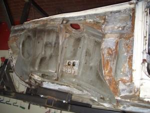 BMW 1602 karosserie - Instandsetzung