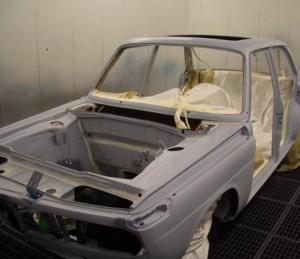 BMW 2000tii Grundierung vorne
