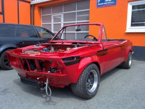 Lackierung rot BMW 2002